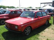 Volvo 144 w/ Volvan Rims